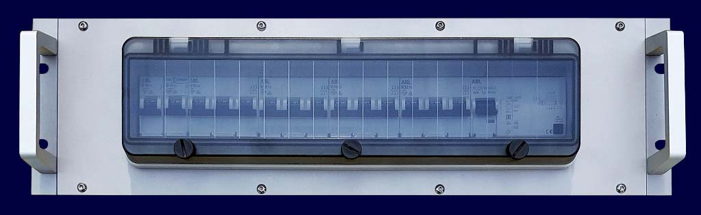 Stainless steel distribution rack 19 inch 3 hu 23 div. with hinged window 18 div.